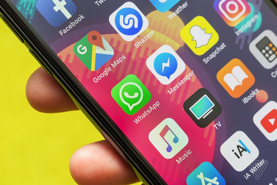 WhatsApp co-founder tells everyone to delete Facebook